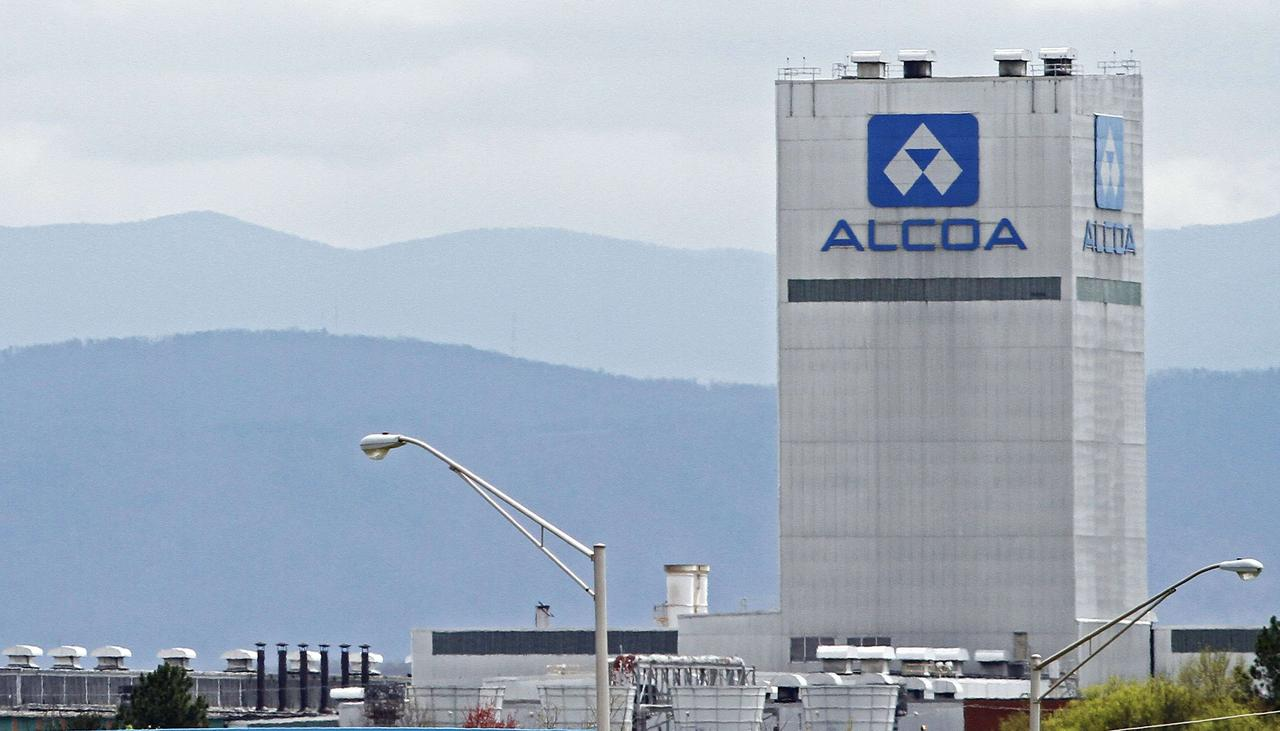 Alcoa braces for alumina strike vote in Western Australia