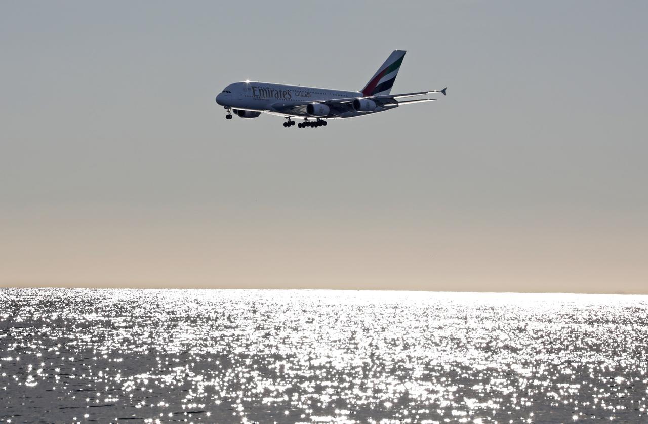 Emirates to reduce flights during Dubai airport runway