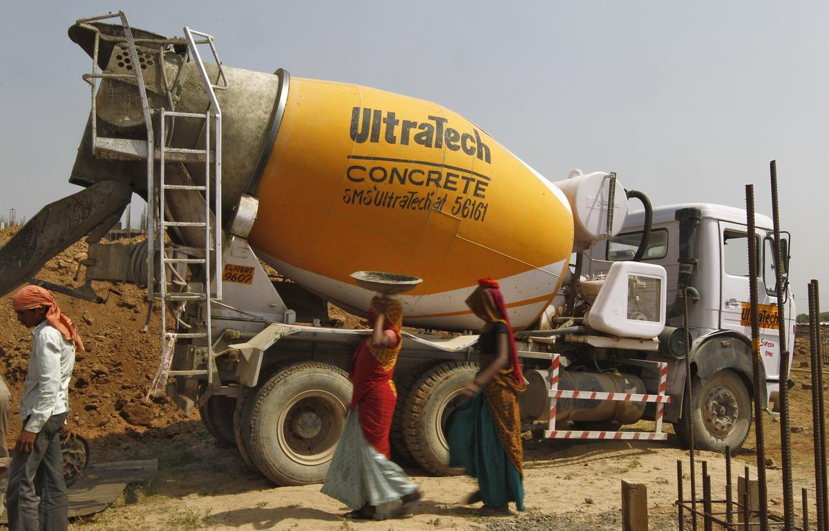 Ultratech Cement Vehicles : Flipboard cement rains down from ceiling of detroit