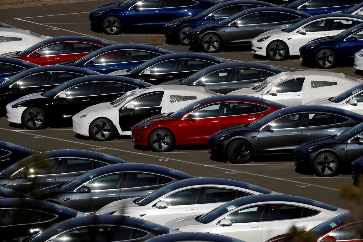 Tesla Develops Plan to Make 3,000 Model 3s Per Week in Shanghai to Cut Tariff Impact