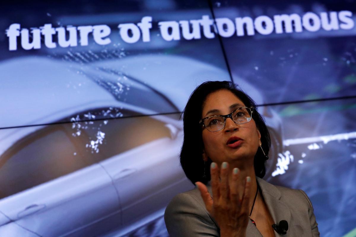 Nio, China Rival to Tesla, Says U.S. Head to Step Down