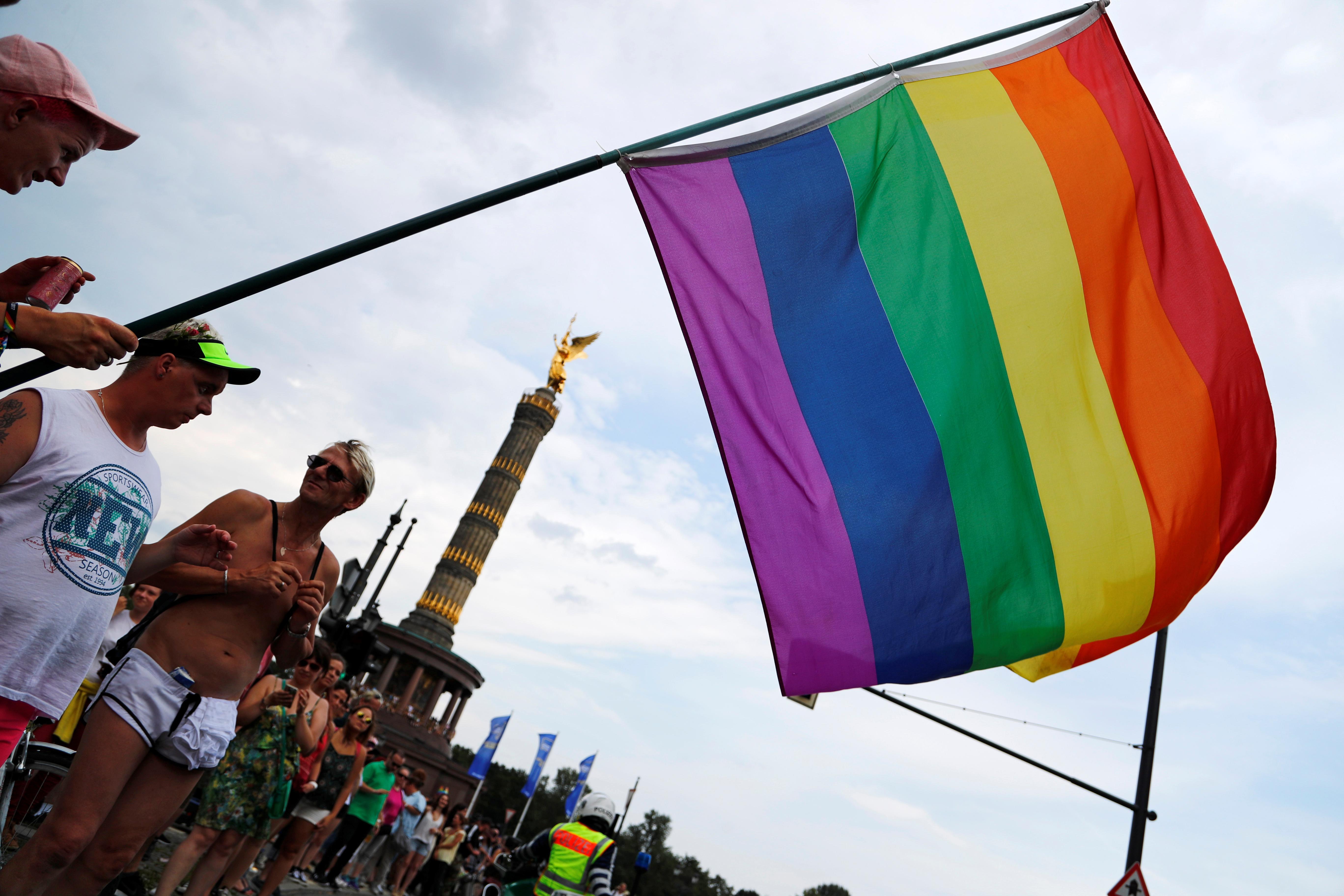 German parliament approves 'third gender' option