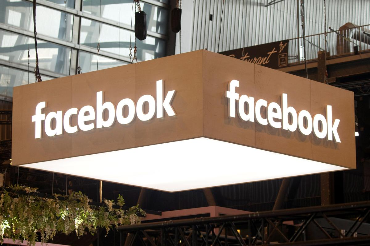 Facebook Removes Pages, Accounts with Russia Links