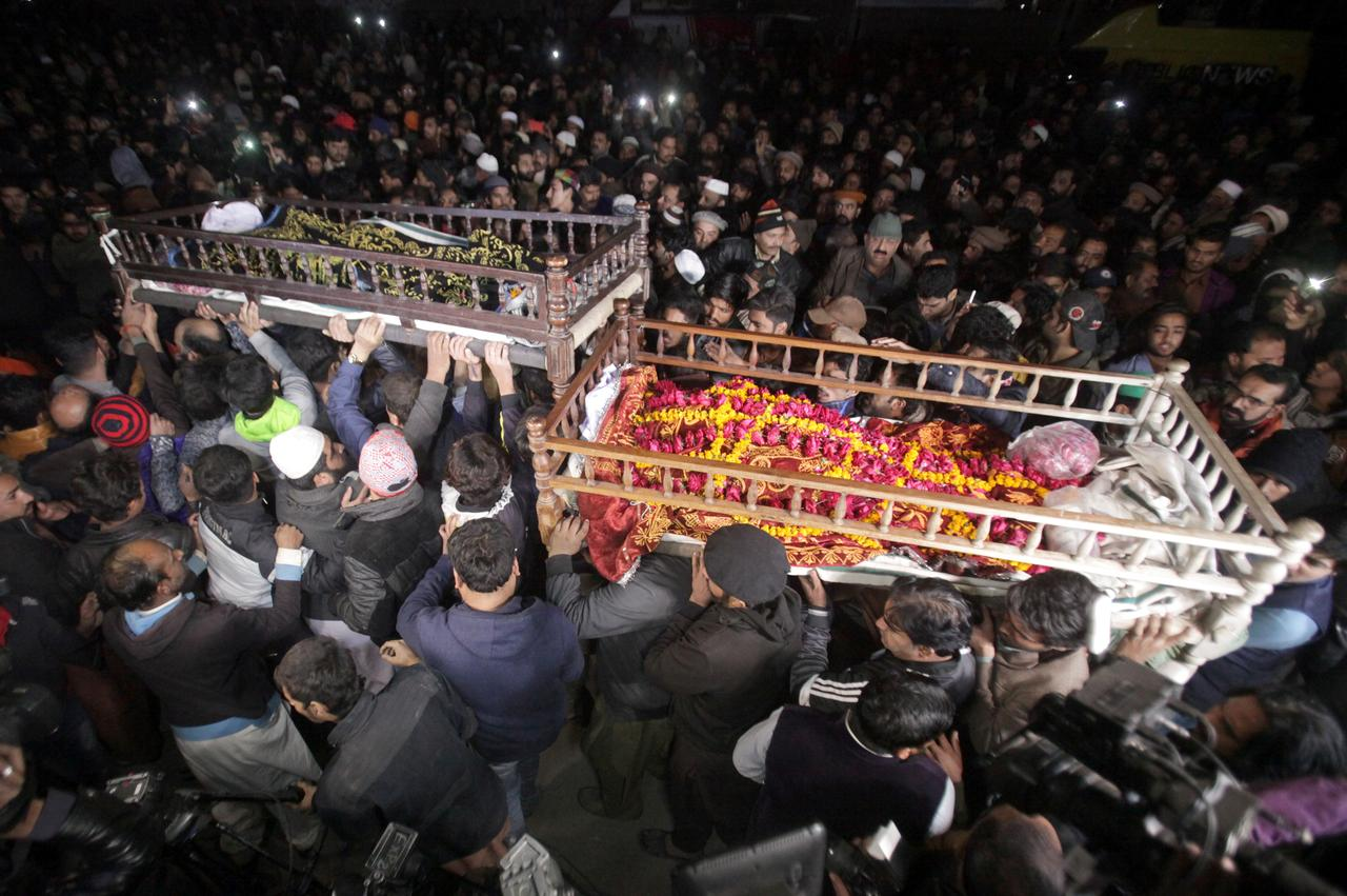 Pakistani police to face murder charges over killing of family - Reuters