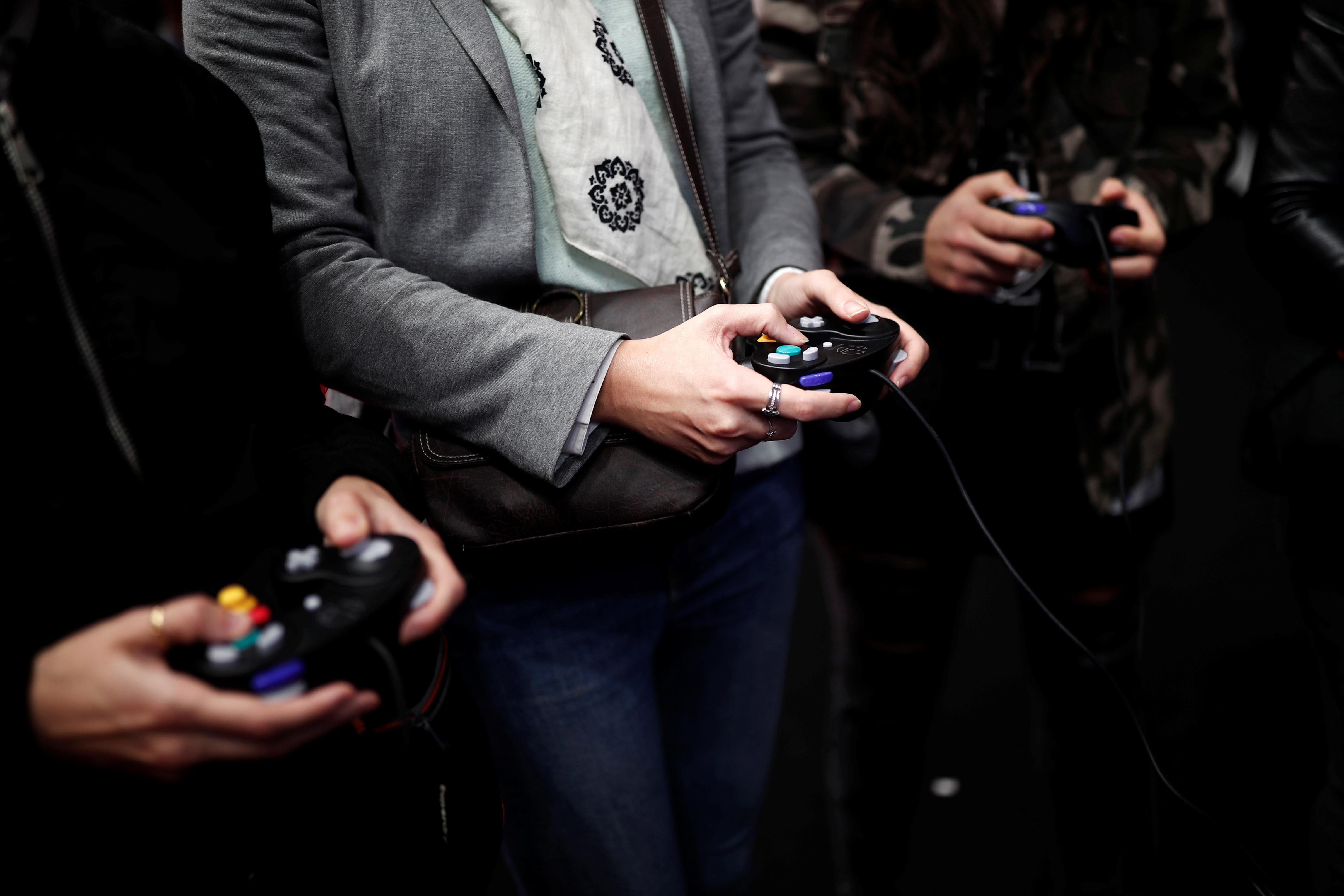 Sony, Nintendo seen scoring strong third-quarter earnings as console