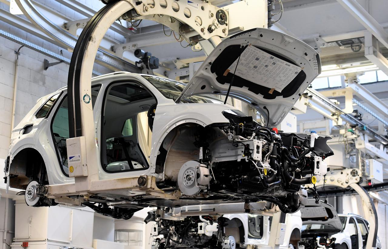 Car In German >> Rise In German New Car Sales Provides Hope For Embattled