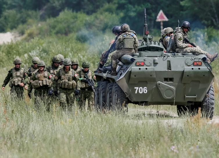 reuters.com - David Ljunggren - Canada to extend military training mission in Ukraine: source