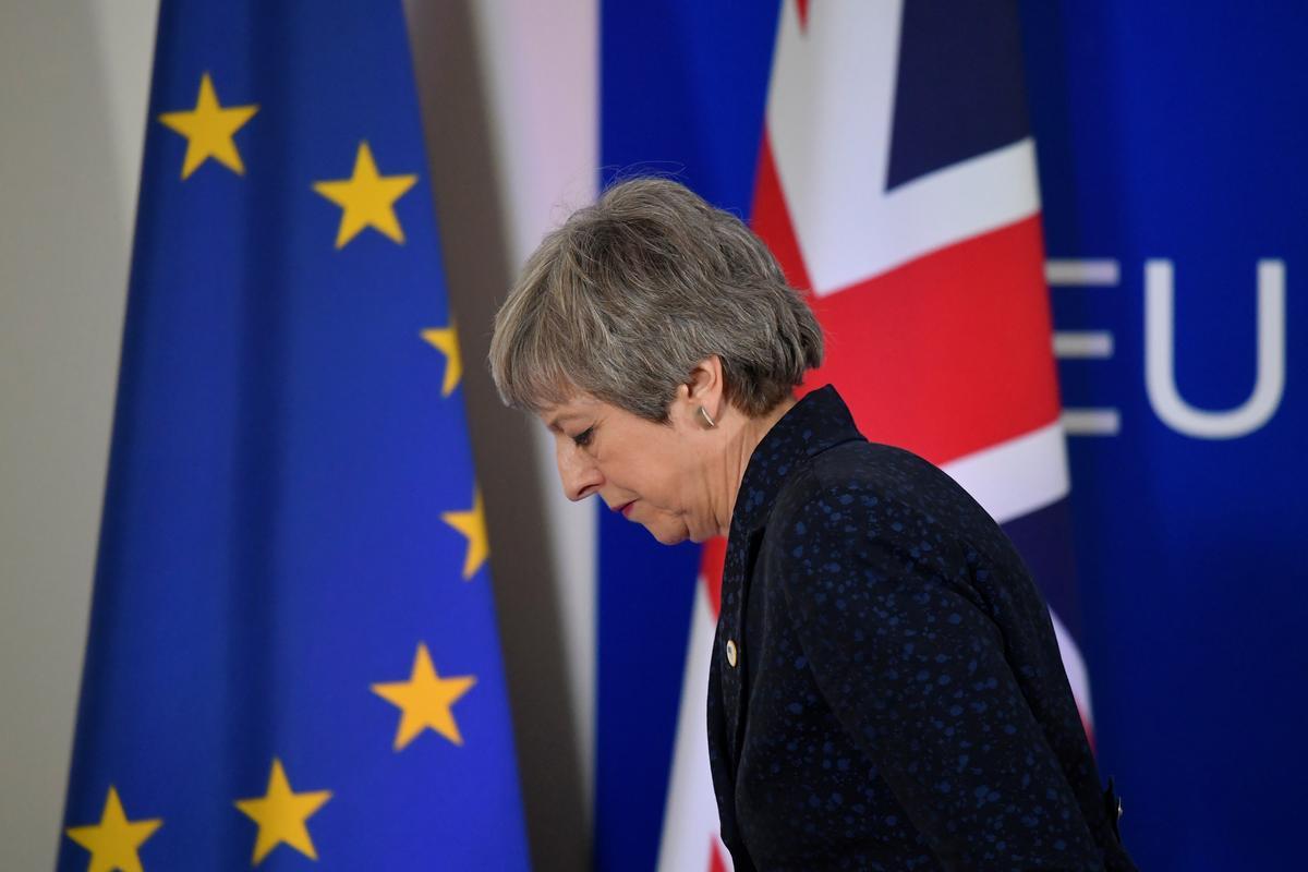 Five percent? EU leaders doubt May's Brexit vote chances