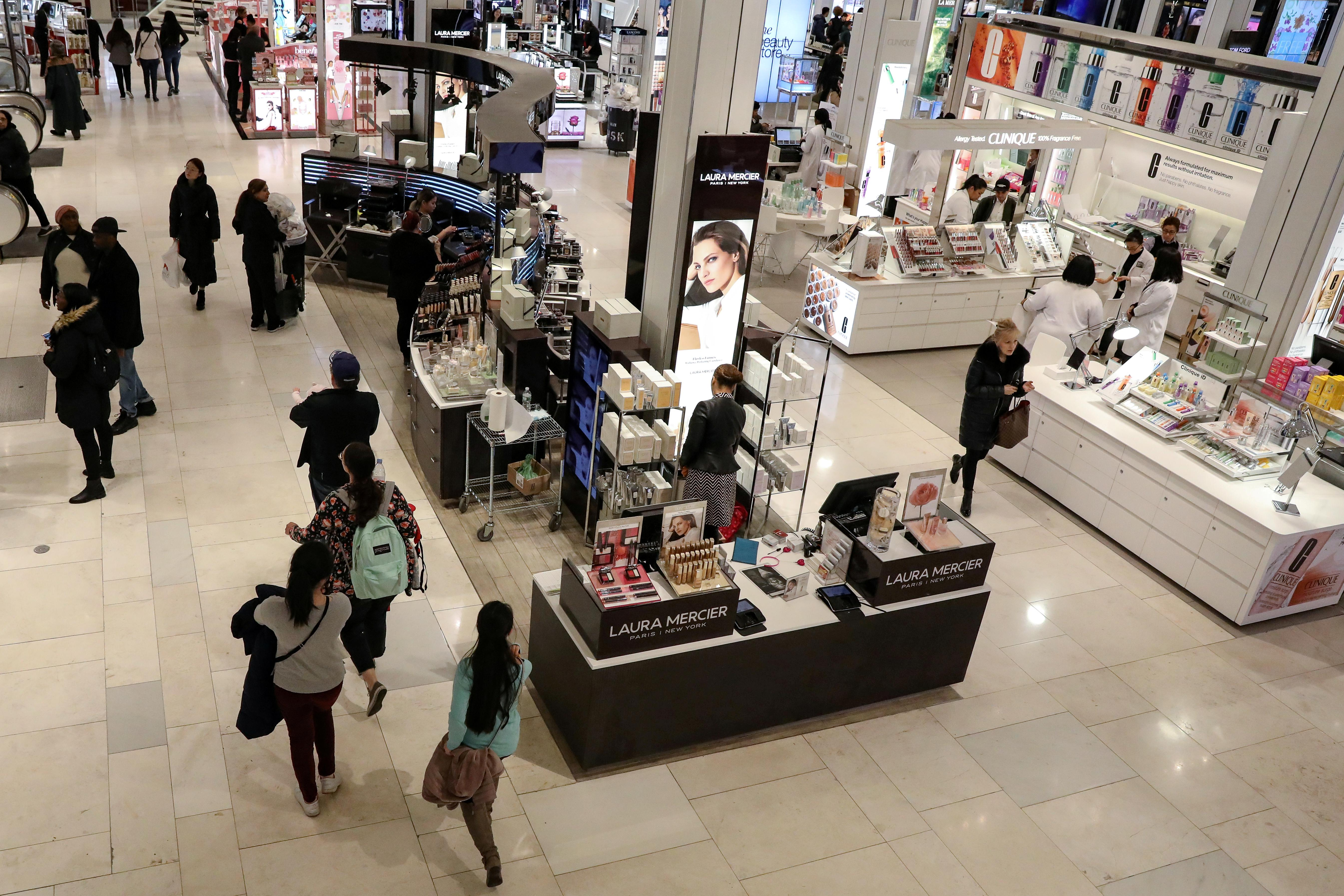 U.S. retail sales unexpectedly fall in February