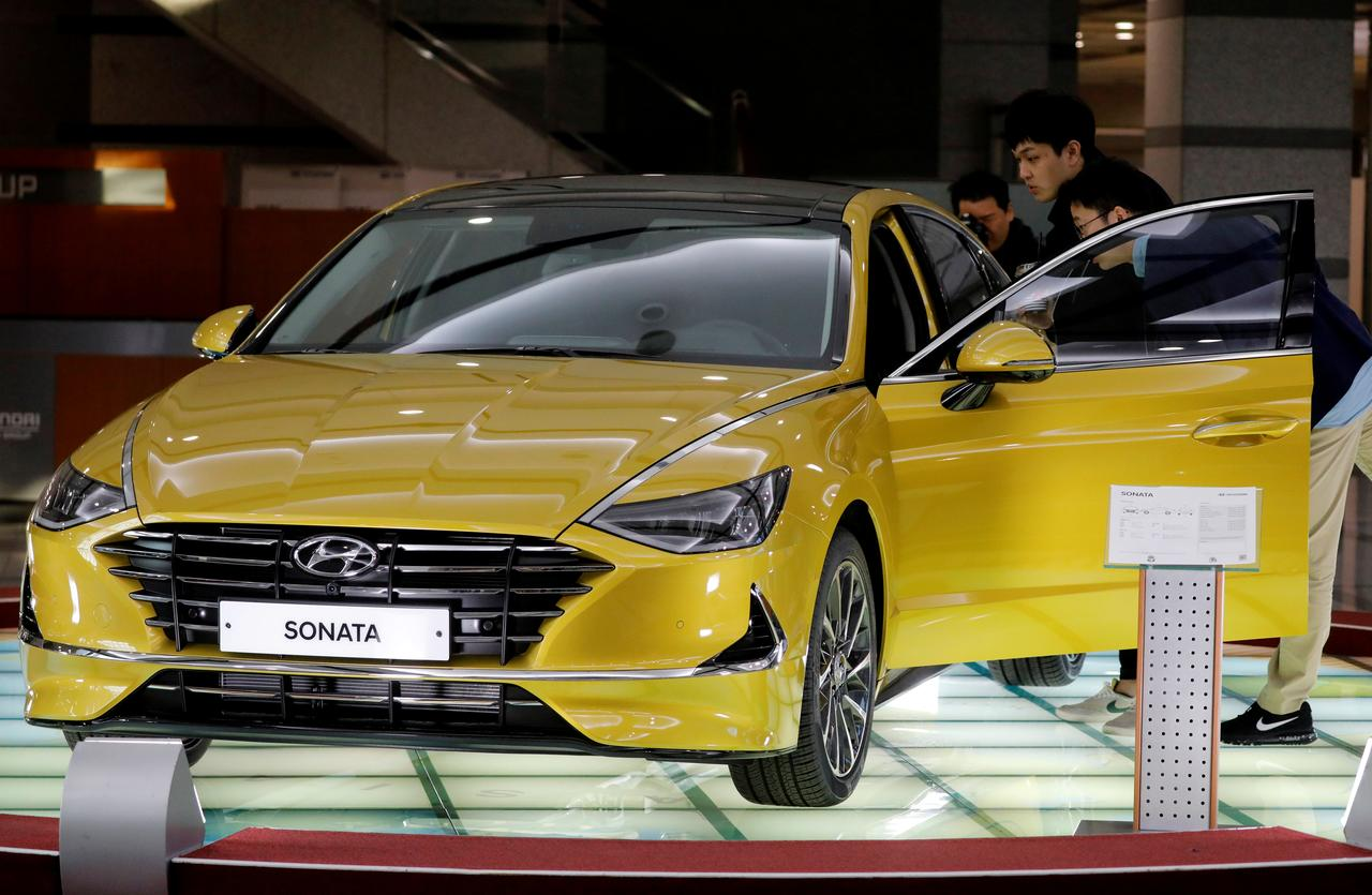 U S  to probe thousands of fires connected to Hyundai, Kia