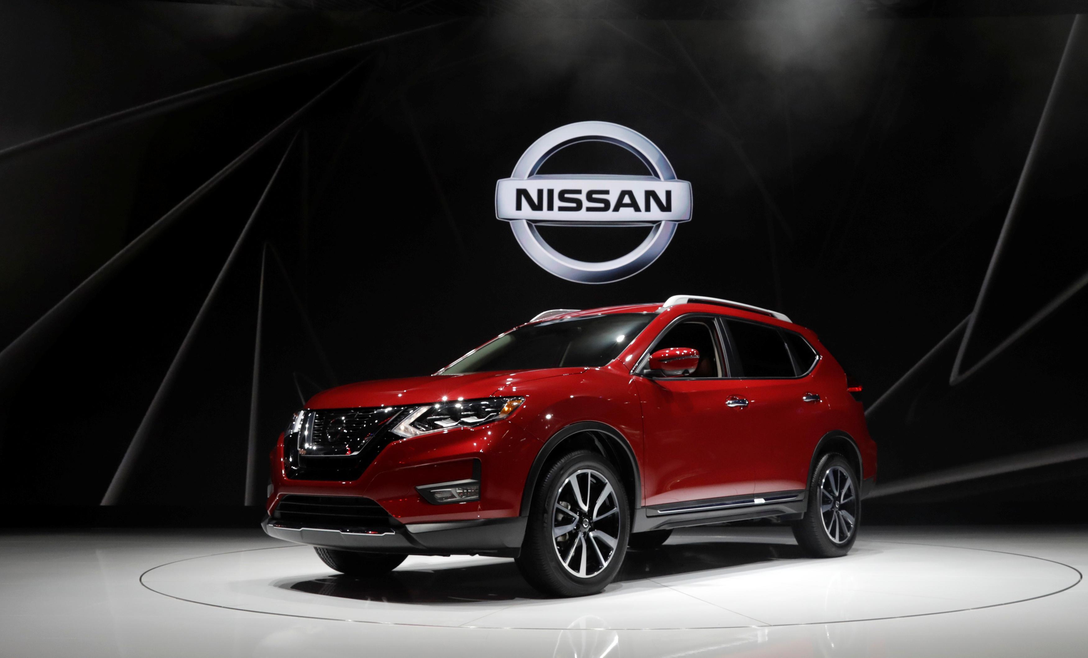 U.S. probes 675,000 Nissan SUVs over unexpected braking