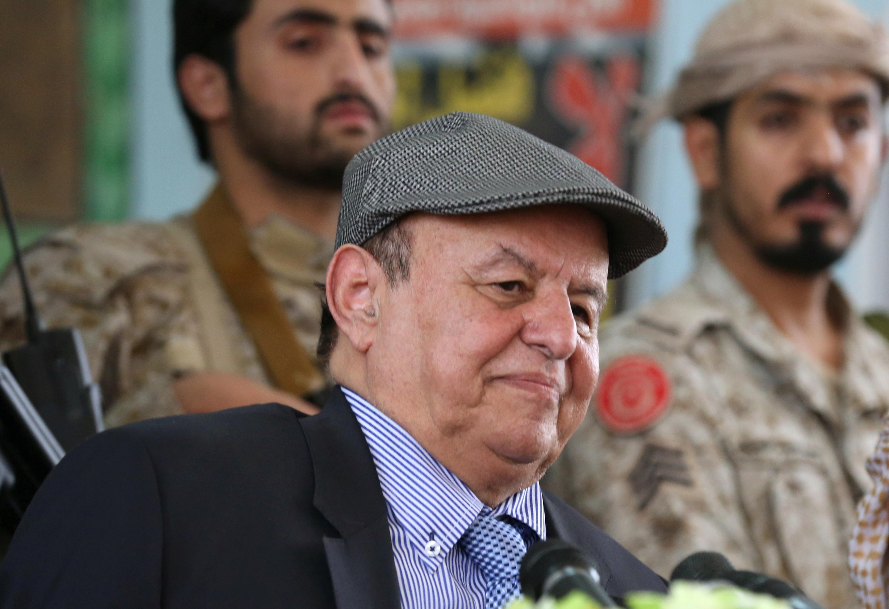 Yemen leader-in-exile Hadi returns for meeting of divided parliament