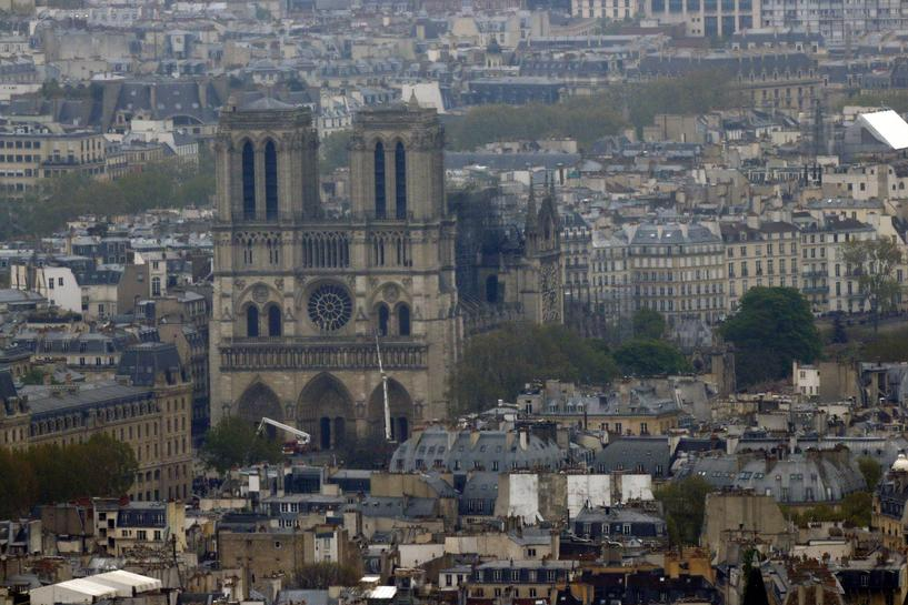 reuters.com - Reuters Editorial - Notre-Dame's artworks to be transferred to Louvre museum