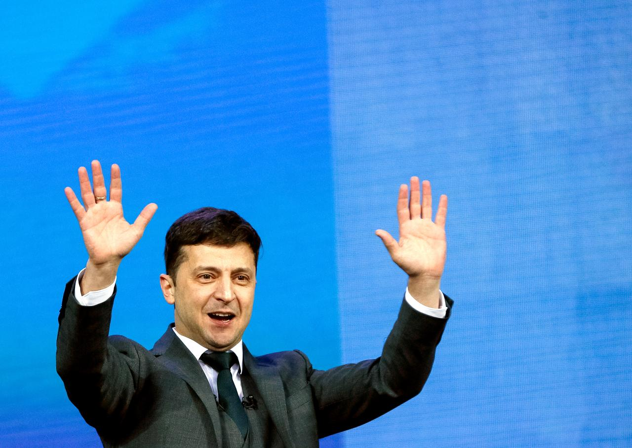 Image result for Ukrainians will reject Putin's passport offer: President-elect