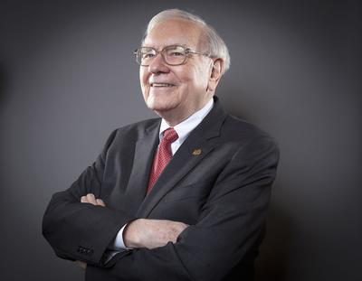 What Warren Buffett owns right now (and why)