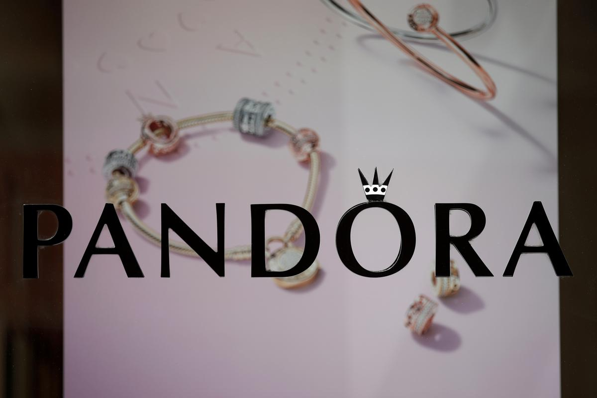 32000 After Tax >> Pandora to cut 1,200 jobs as first-quarter profit, sales ...
