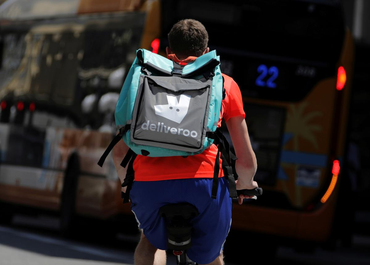 Amazon Close to Buying a Stake in UK's Deliveroo: Sky News