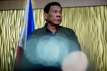 Philippines' Duterte loses patience, orders trash shipped back Canada