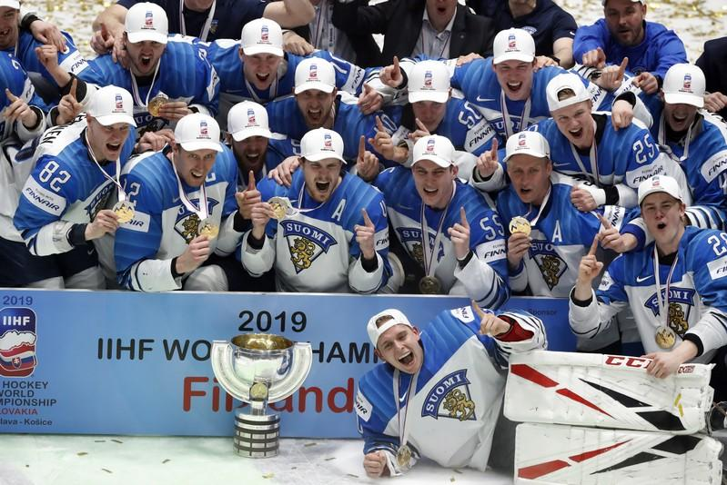 Ice Hockey Finland Stuns Canada 3 1 To Win Third World Title Reuters