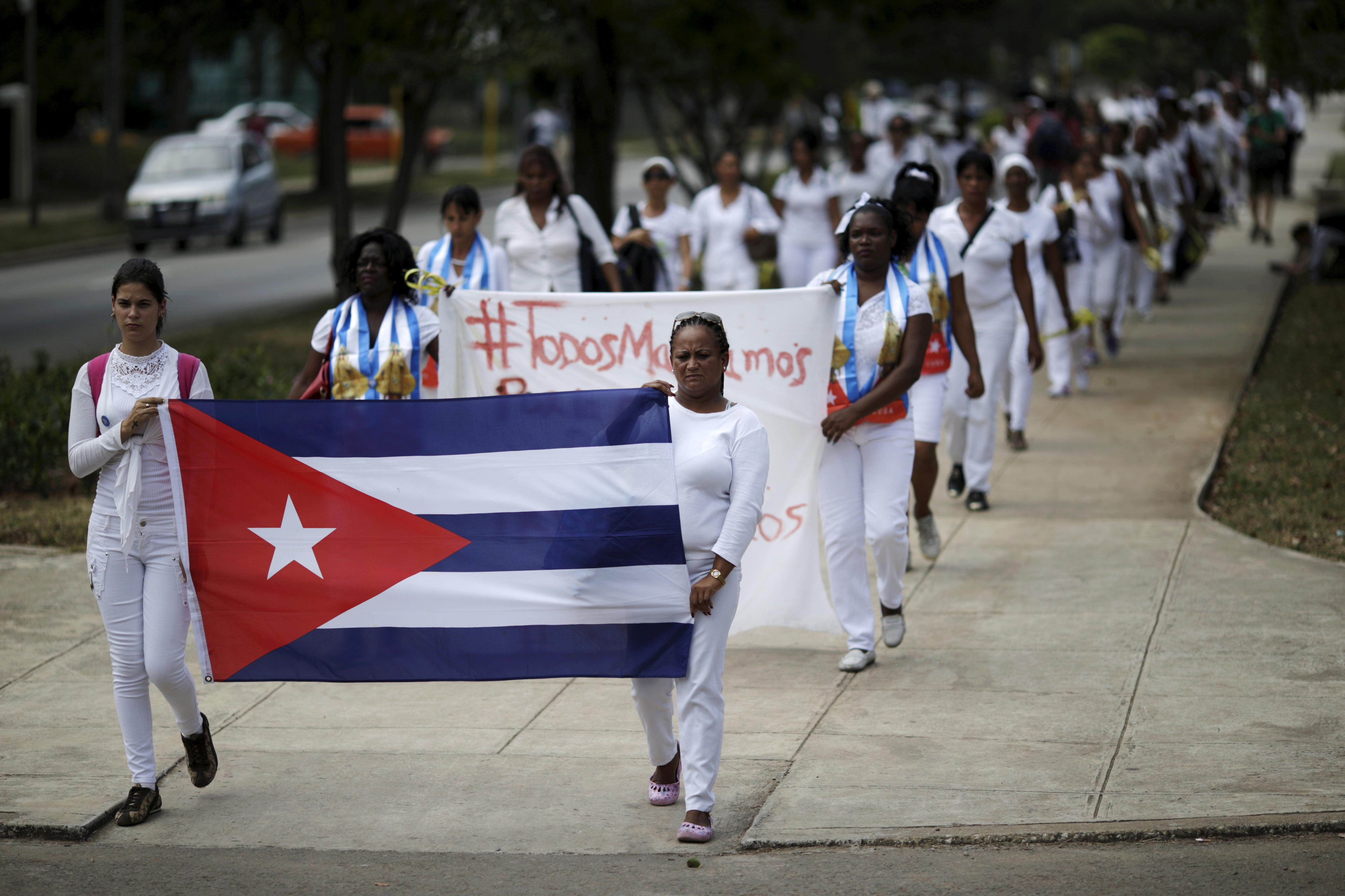 Cuba forces dissidents into exile, advocacy group says