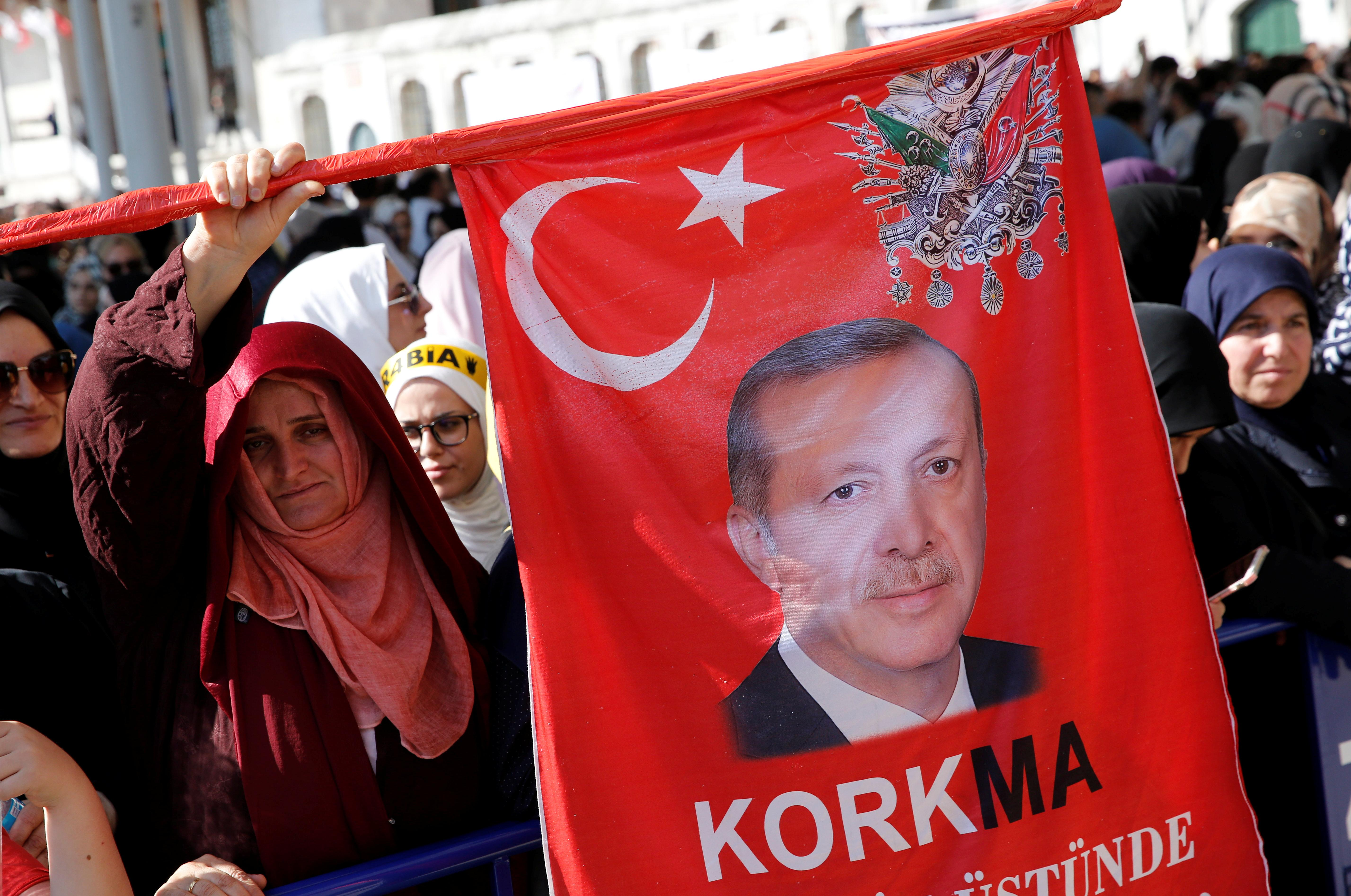 Turkey to push for trial of Egypt government over Mursi death