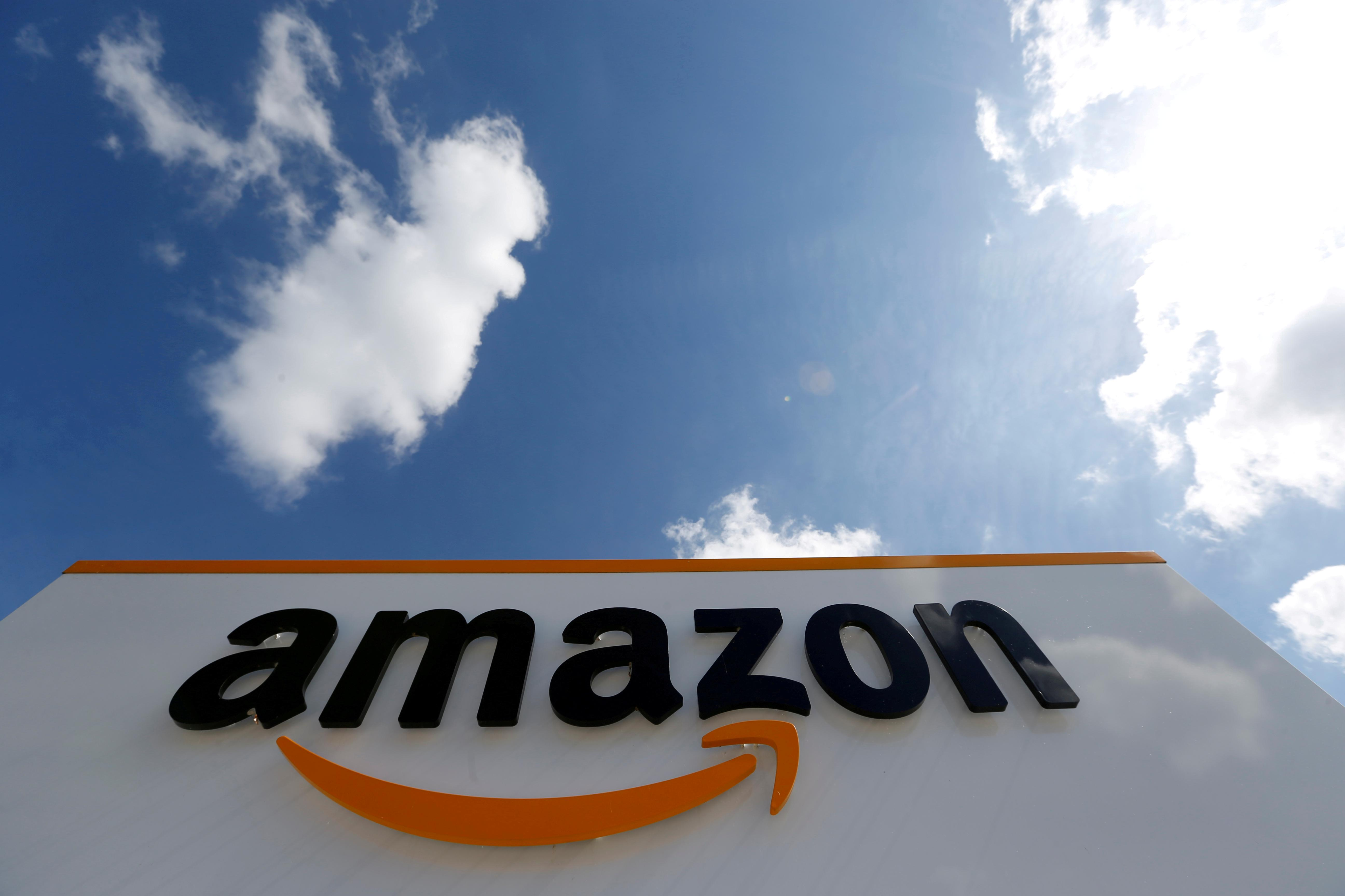 India warns foreign e-commerce firms like Amazon, Flipkart over discounts: sources