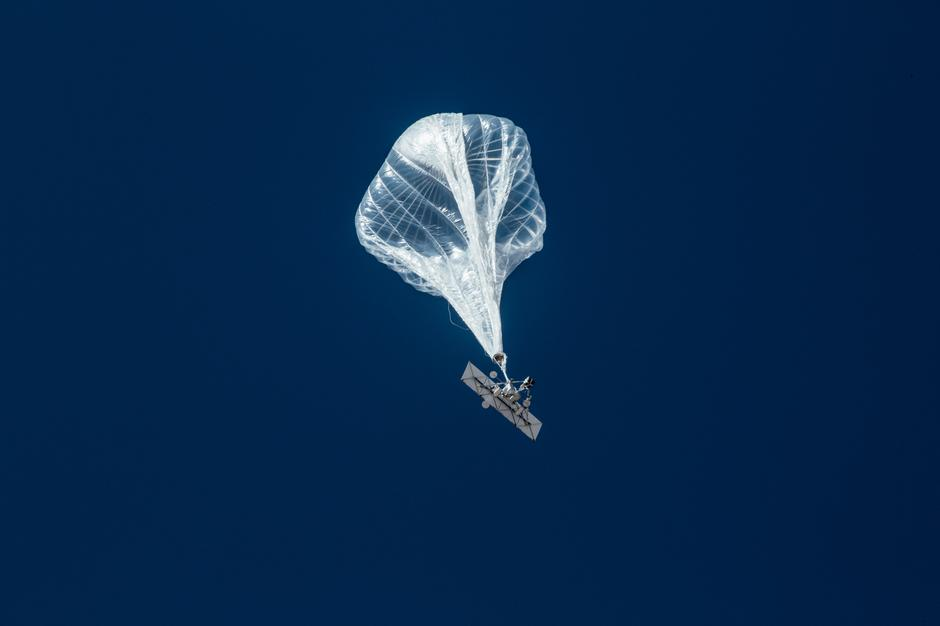 Google internet balloon spinoff Loon still looking for its