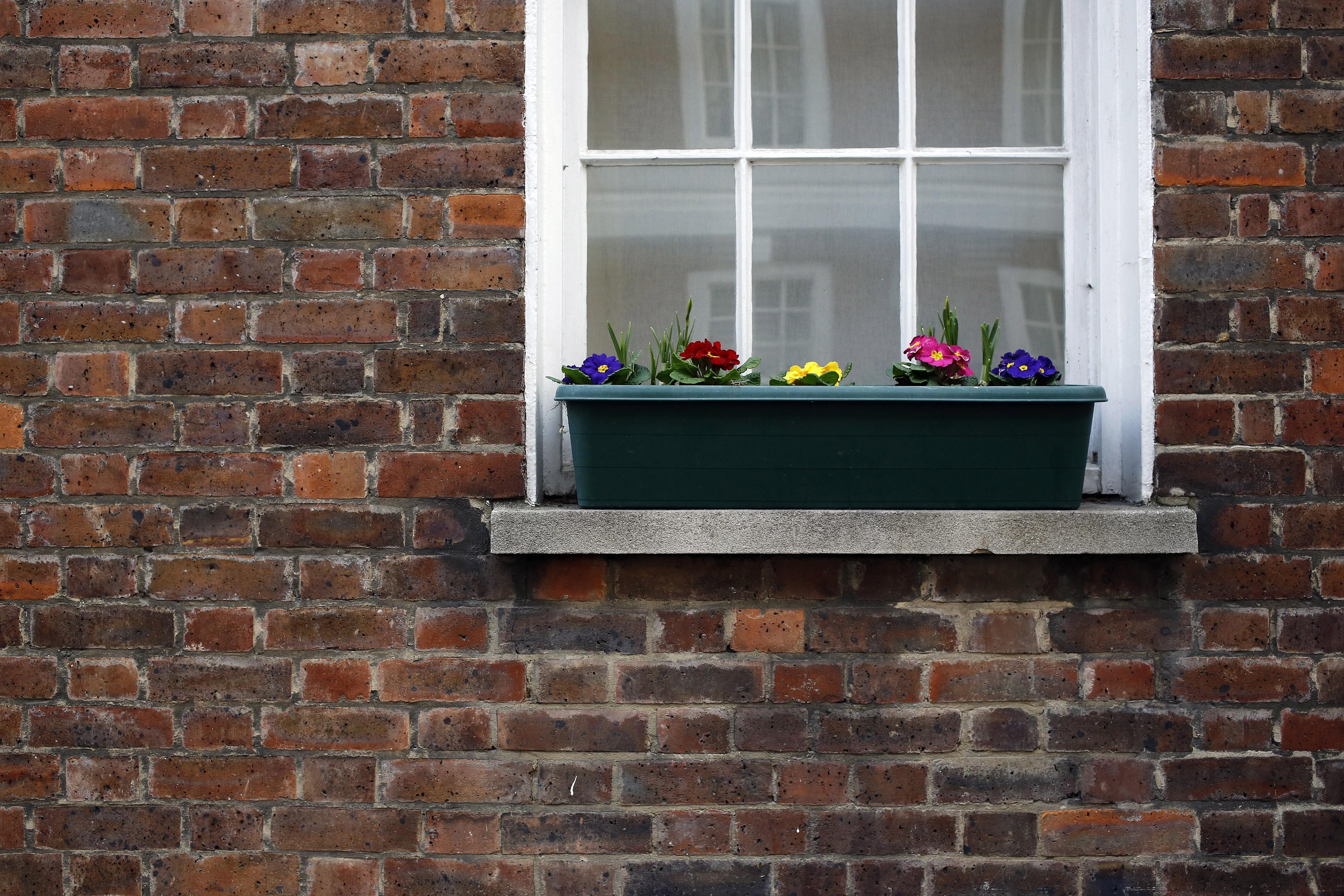 UK housing market stuck in slow gear as Brexit weighs - Nationwide