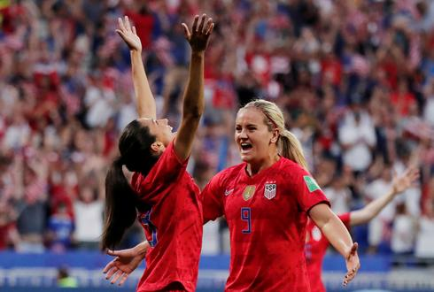 Women's World Cup: USA 2 - England 1