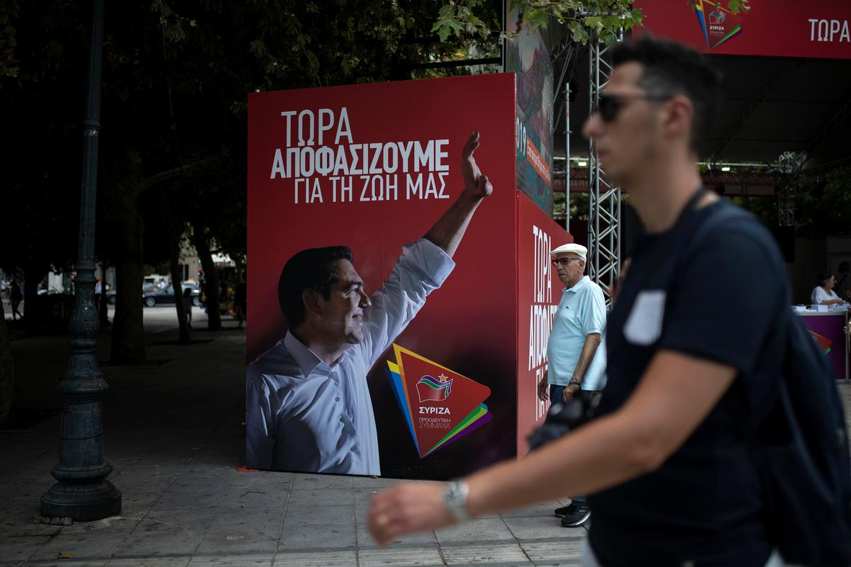 Greeks vote as leftist Syriza days in power seem numbered