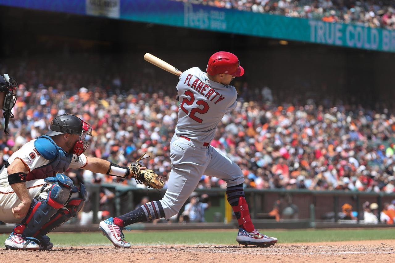 Home Run Vaults Giants Over Cardinals