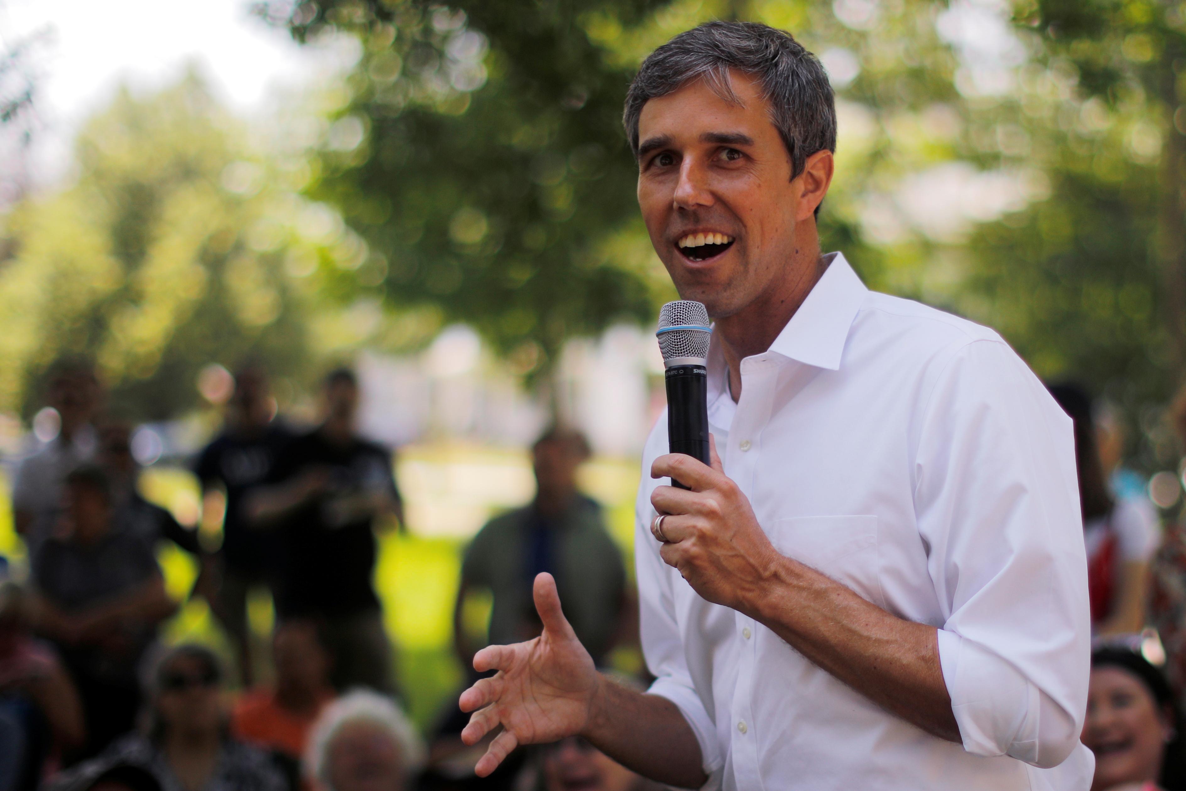 Democrat Beto O'Rourke trails Democratic rivals in cash contest