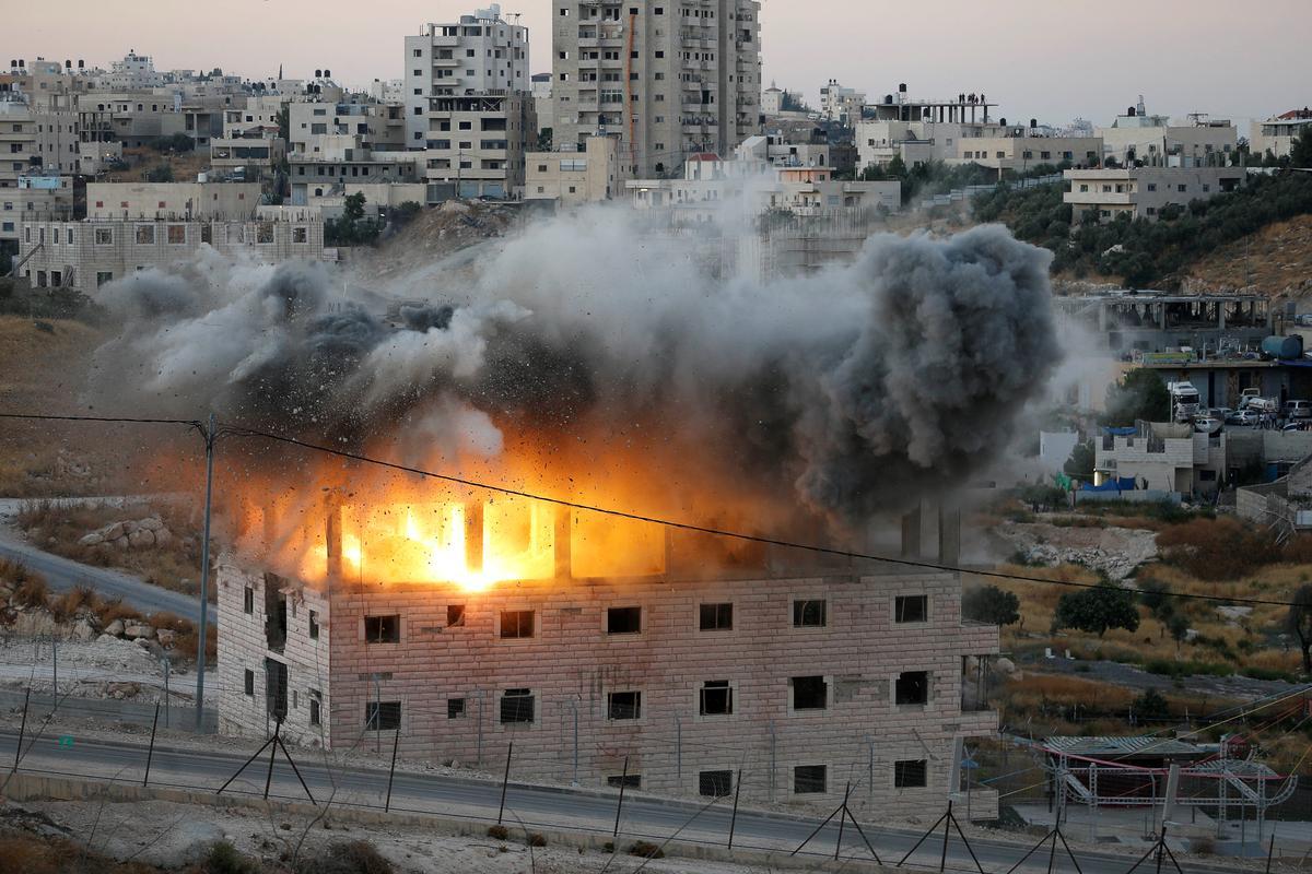 Israel demolishes Palestinian homes near West Bank barrier