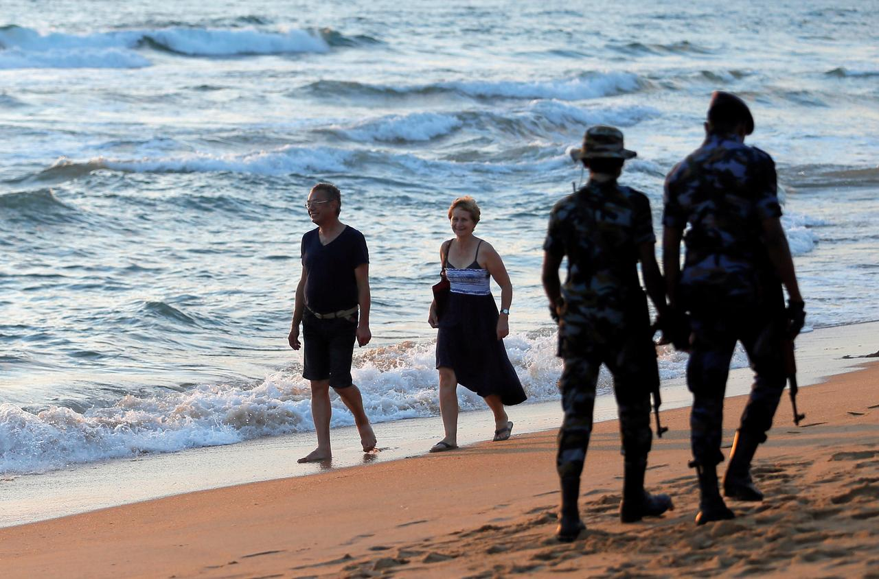 Image result for Sri Lanka to offer free visas on arrival to boost tourism