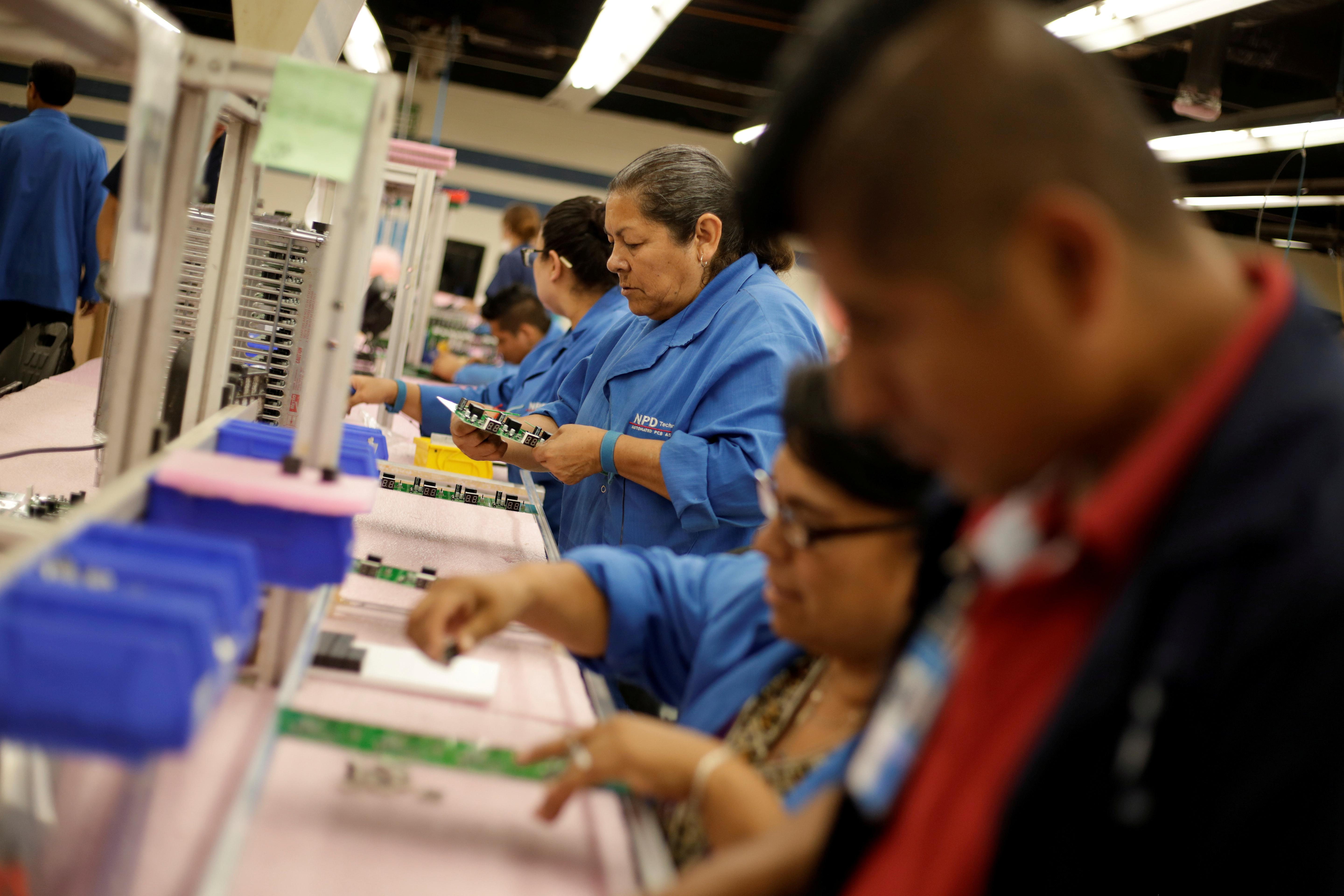 Mexico narrowly escapes recession with minimal second-quarter growth