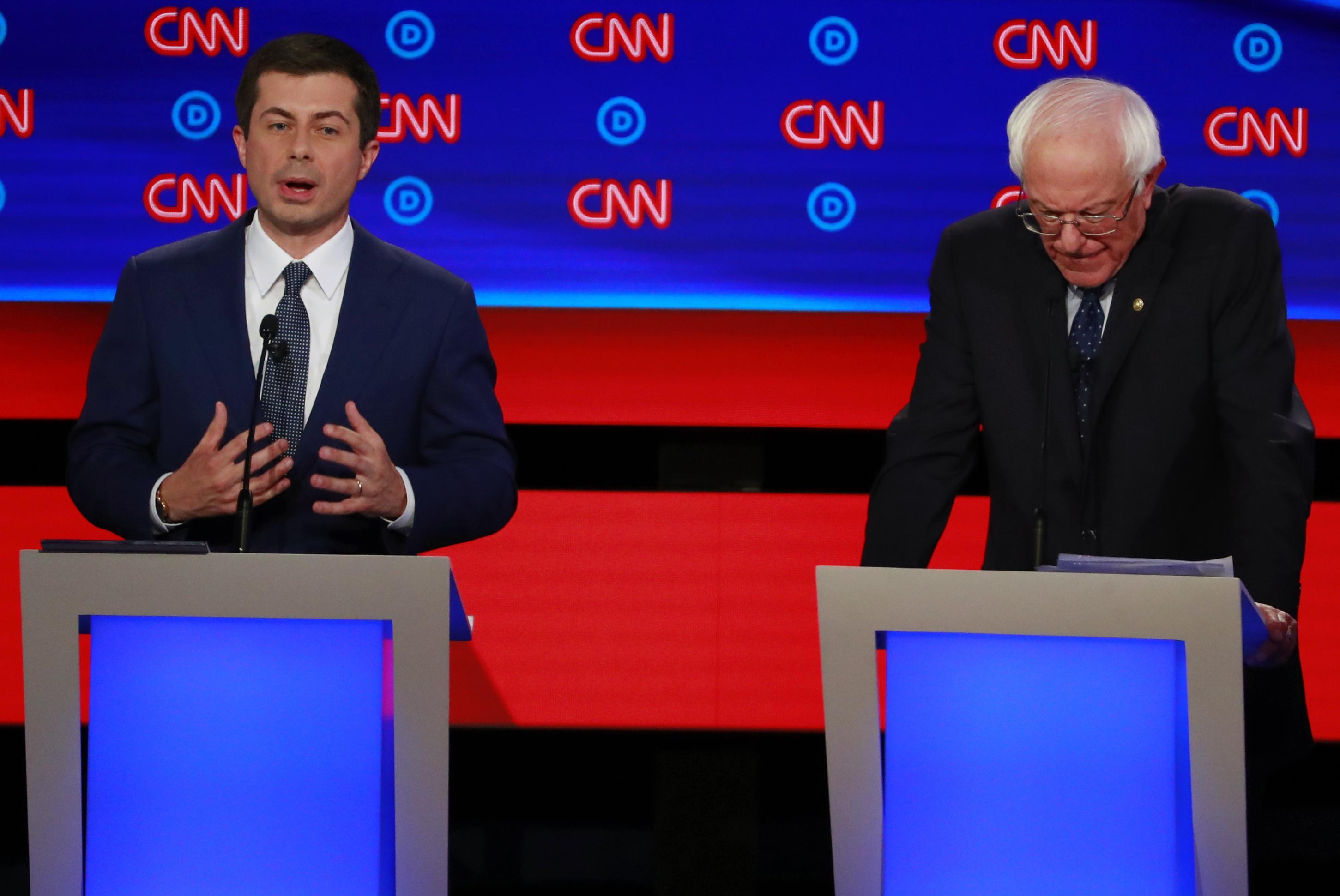Comment chaque candidat s'est comporté dans le deuxième débat démocratique