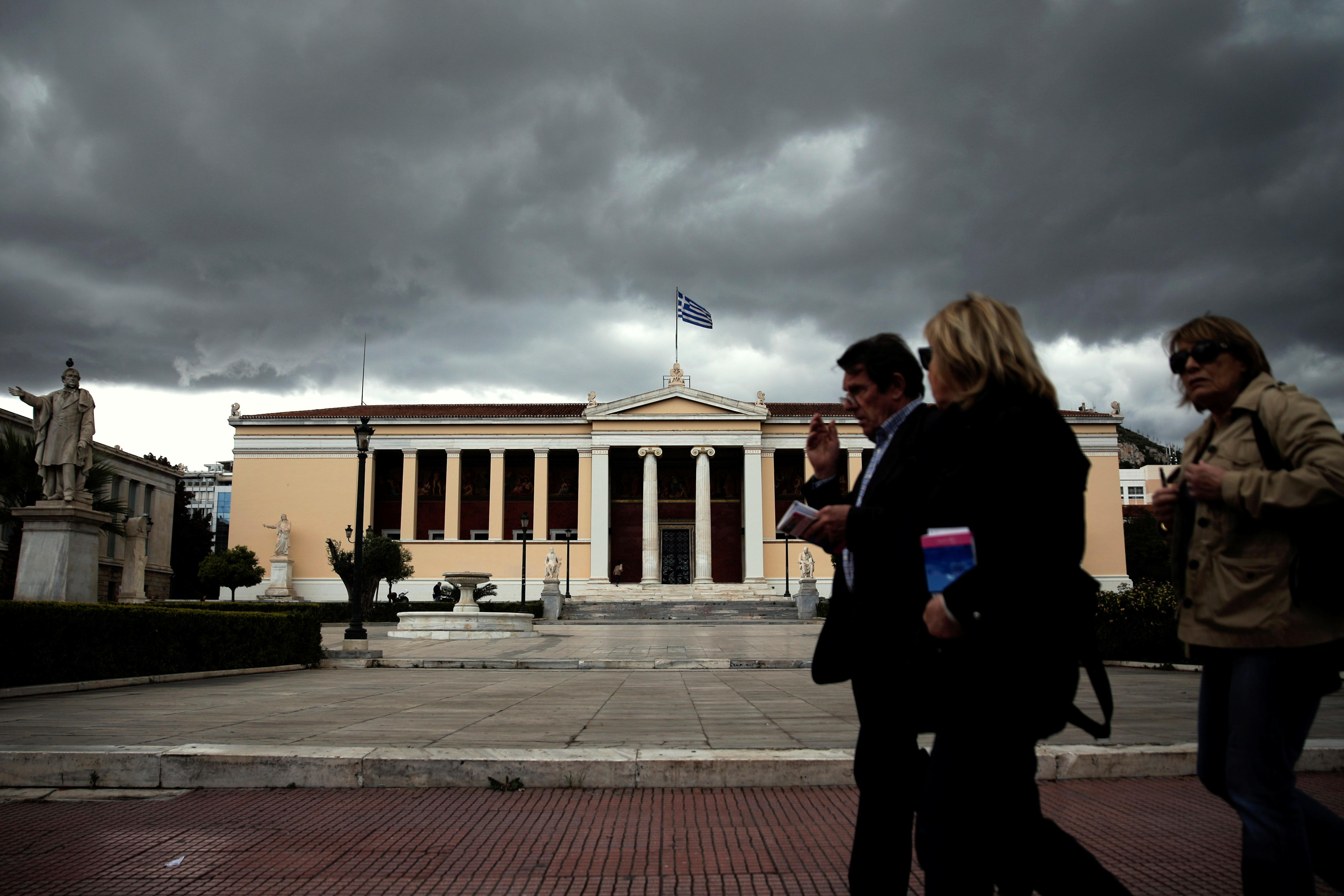 Greece scraps no-go areas at universities; opposition fumes