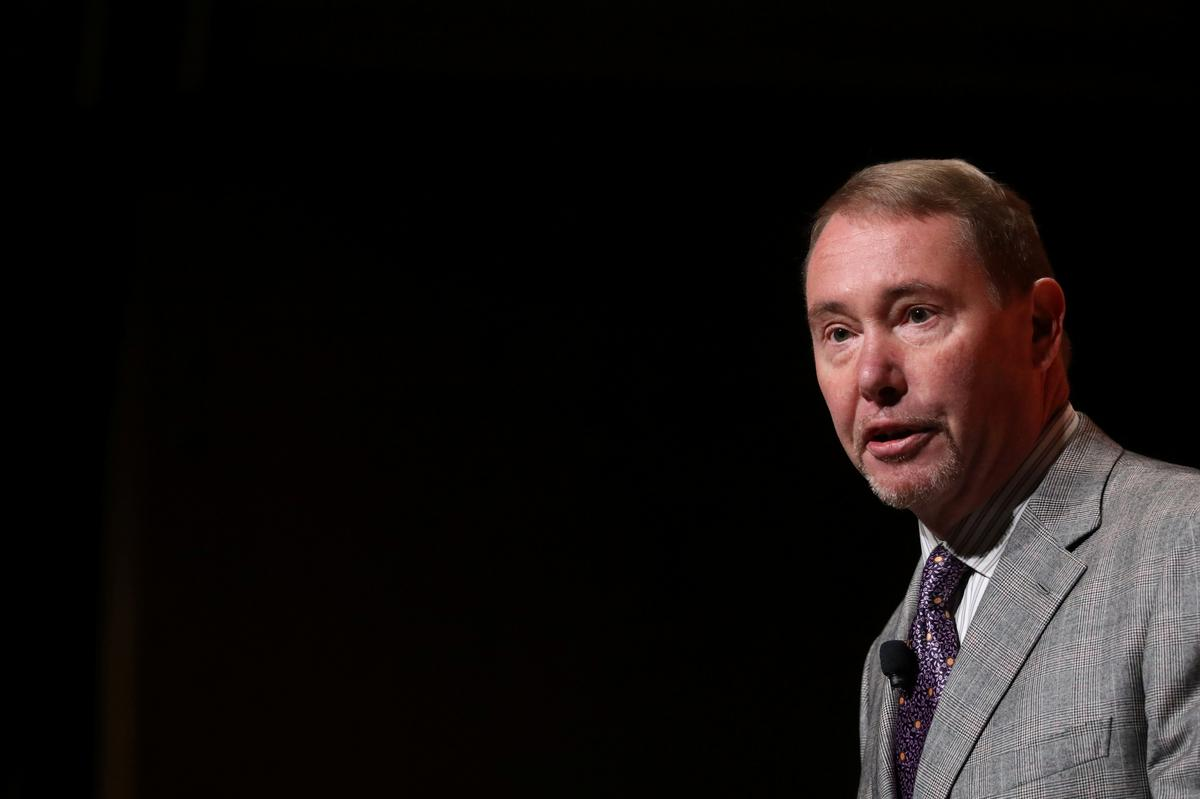 DoubleLine CEO Jeffrey Gundlach warns Fed rate cuts will not stop...