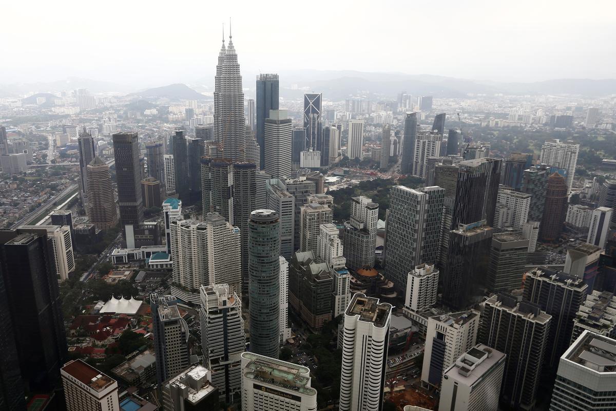 Mense wat Hong Kong se tweede-tuisprogram in protes getref het