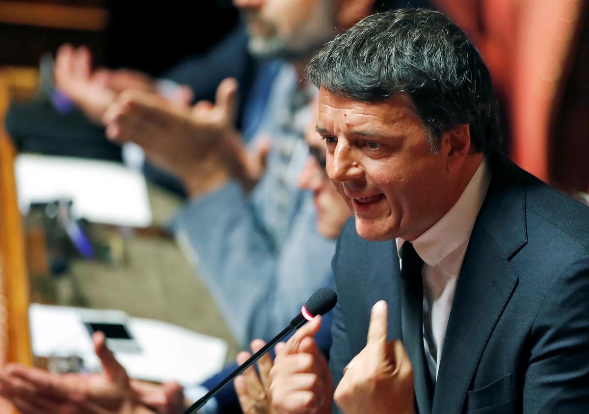 Die voormalige premier Renzi, Italië, sê hy kan bereid wees om met 5-ster-beweging saam te werk