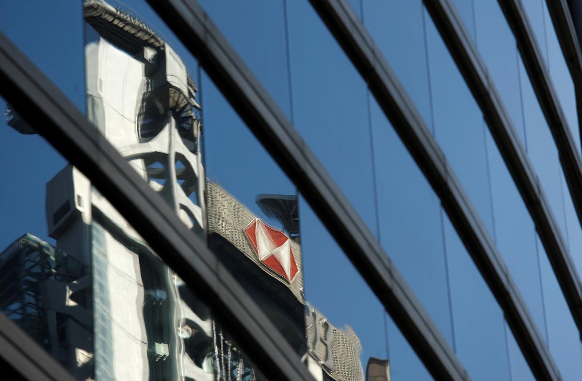 HSBC bied kortings aan, verlaag fooie om sukkelende klein Hongkong-ondernemings te ondersteun