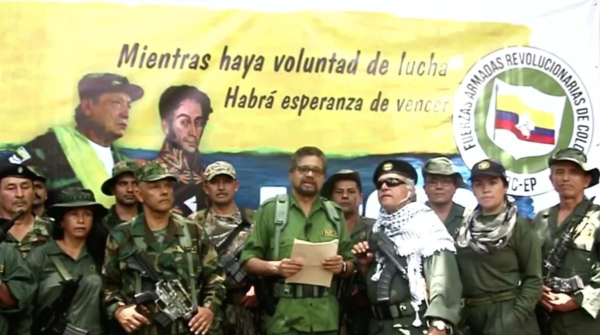 Drie jaar na die vredesooreenkoms, het die Colombiaanse dissidente rebelle-leier 'n nuwe wapen oproep