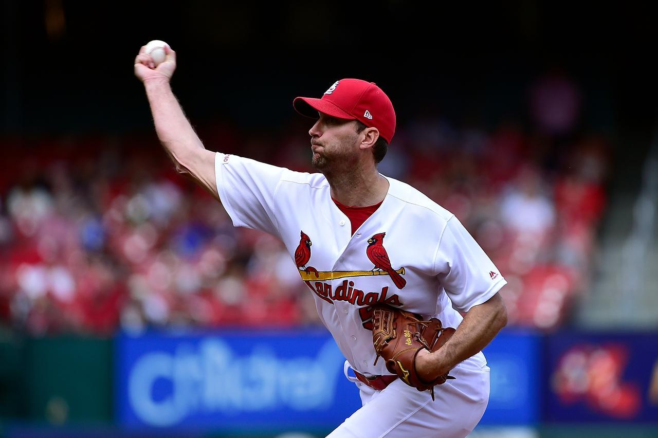 Wainwright sharp as Cardinals take down Giants - Reuters