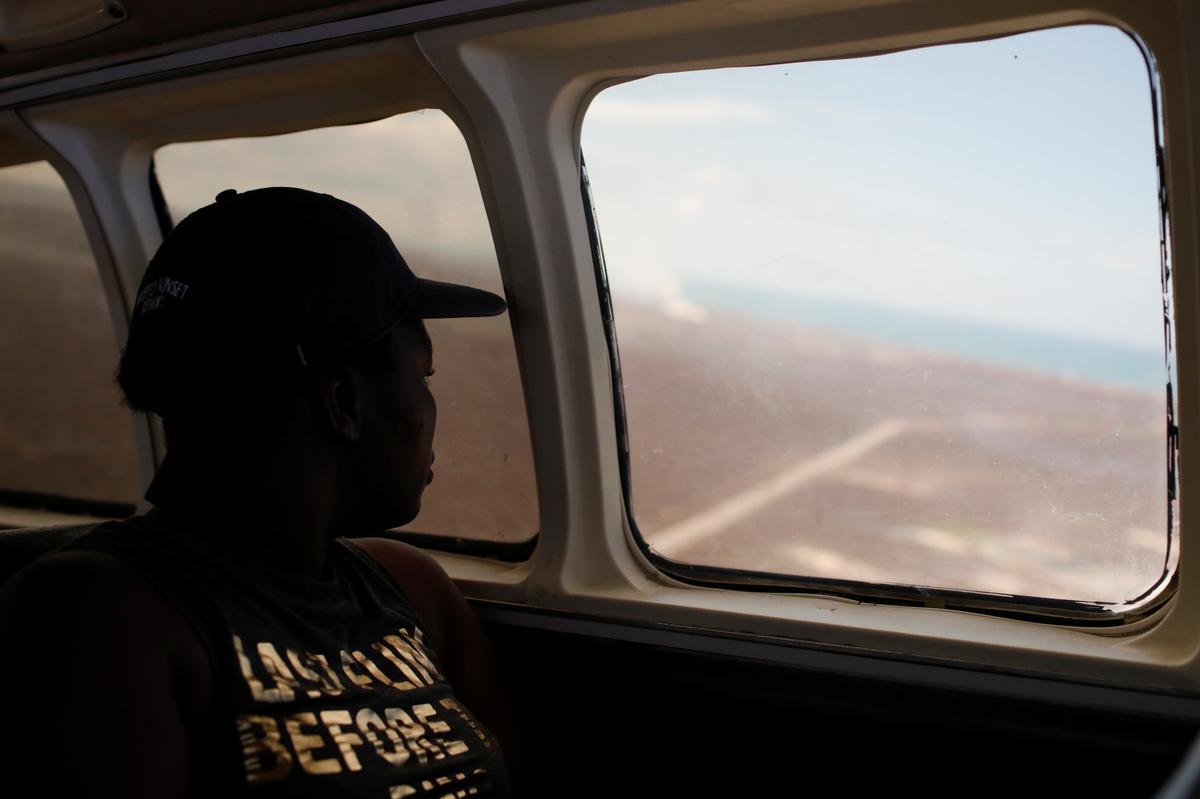 Die stormagtige woeste Bahamiërs wat toegang tot die VSA soek, kan immigrasiehindernisse in die gesig staar