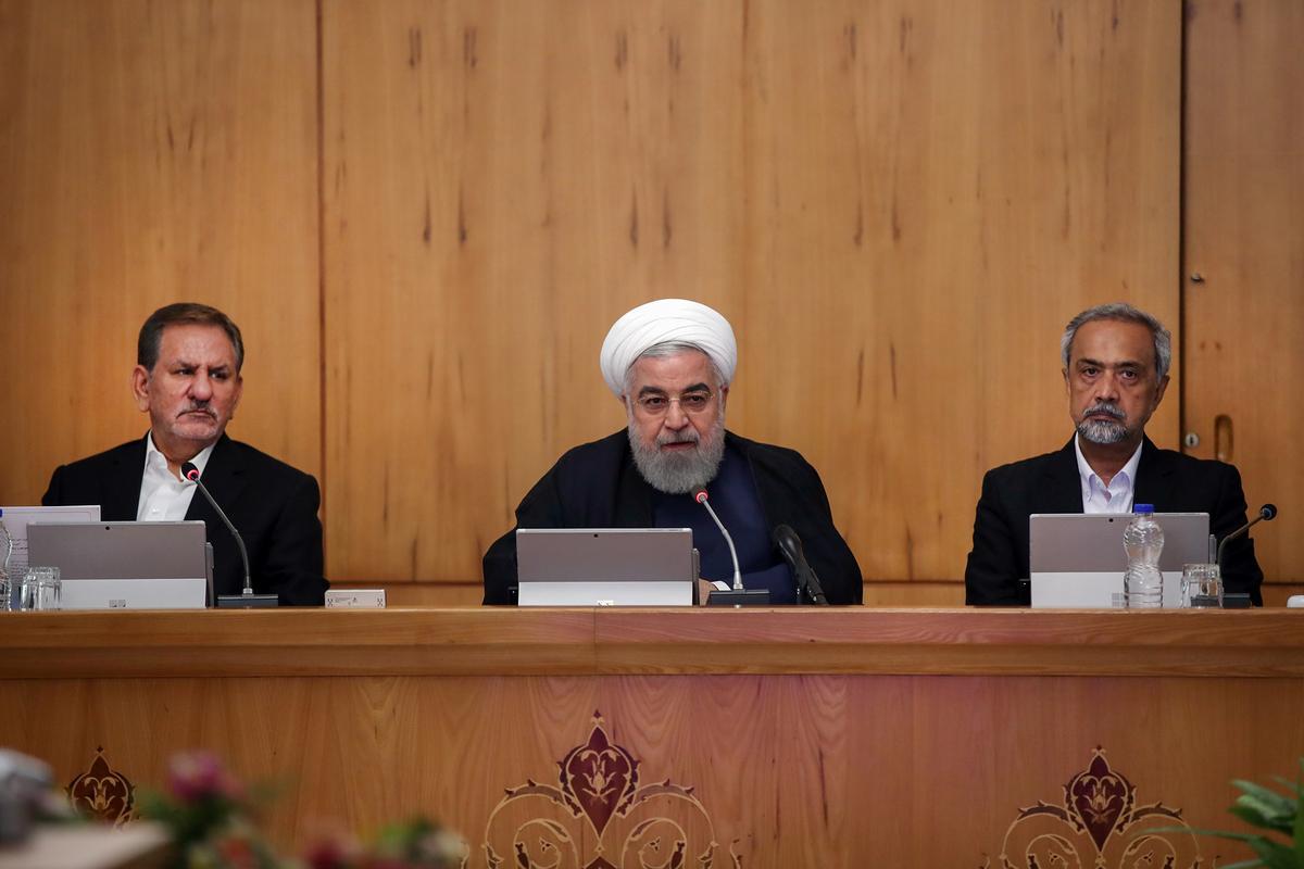 Iran waarsku van 'n verpletterende reaksie, en blameer die VSA vir streekspanning