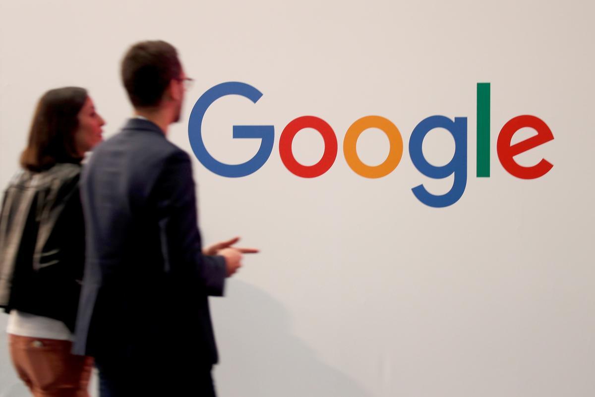 Rusland oorhandig Google klein boetes vir oortreding van advertensies