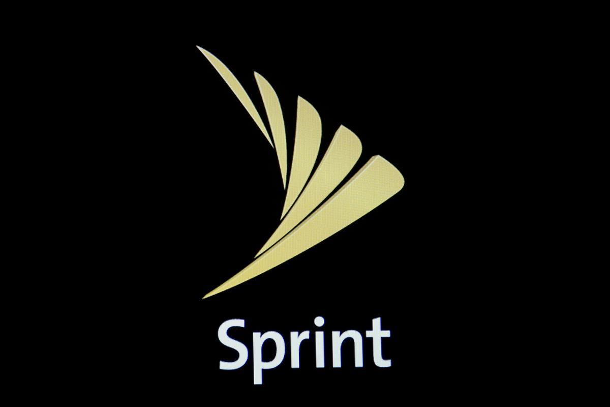 Sprint het ondersoek gedoen na Amerikaanse subsidies met lae inkomste; aandele gly 3,3%