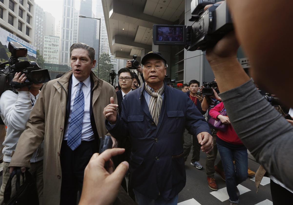 Apple Daily veroordeel die aanval op die verslaggewer oor Hong Kong-betogings