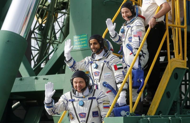 Russiese ruimteskip met die UAE-ruimtevaarder ontplof die ruimte in