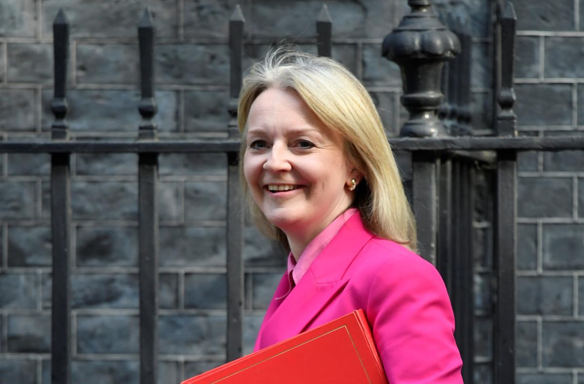 Brexit-gesprekke sal nodig wees om transaksies te kry: Truss, minister van handel